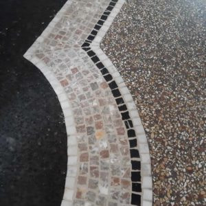 Venetiaans terrazzo met mozaïek
